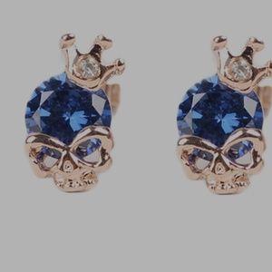 14kt gold plated hypoallergenic skull earrings